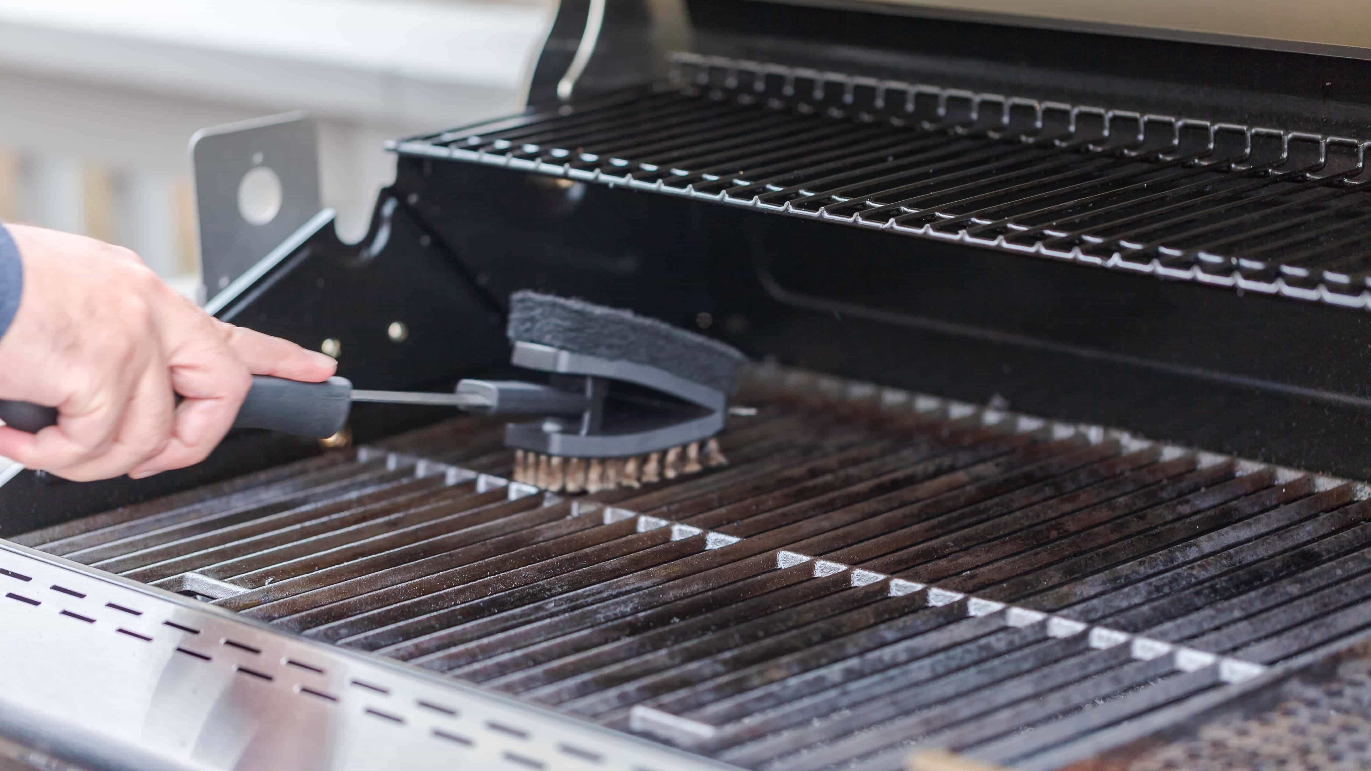 How To Clean Your BBQ Grill Like A Pro