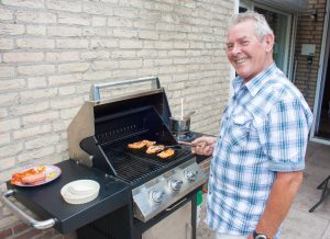 How To Use A Gas Grill: A Beginner's Guide